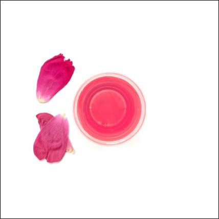 Sciroppo artigianale di petali di rosa